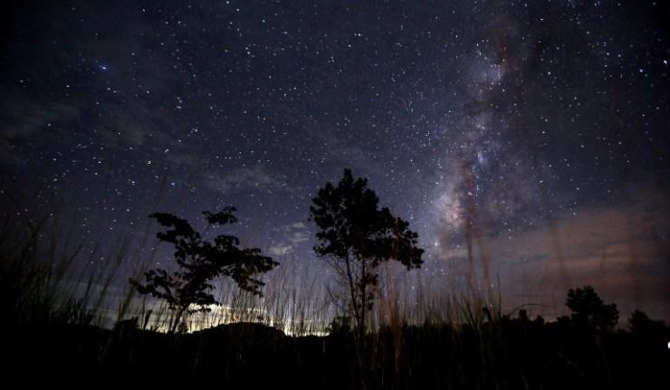 South Koreans crazy about space souvenirs after rare meteor