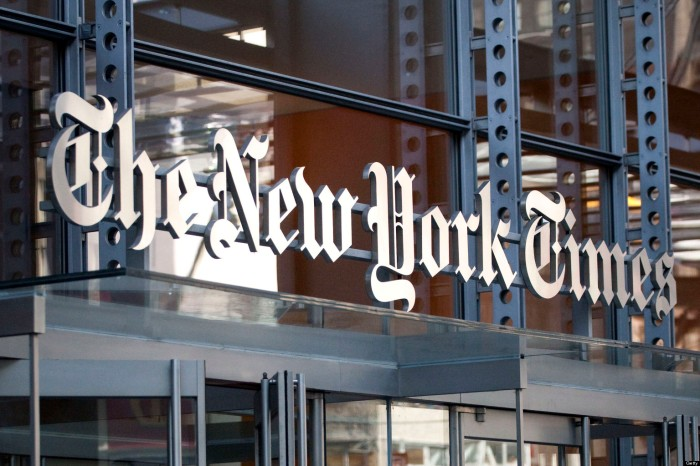 New York Times Adds 100,000 Digital Subscribers With Paywall